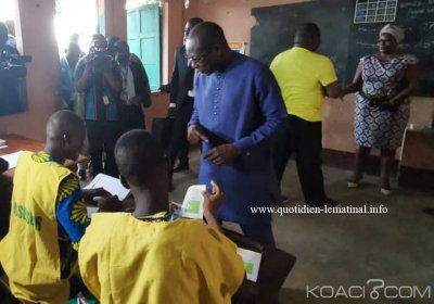 Bénin : Législatives  sans opposition , faible mobilisation et coupure d'internet