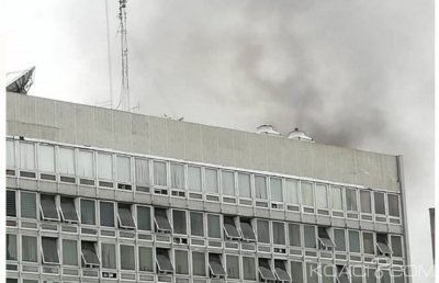 Côte d'Ivoire: Un incendie déclaré à l'immeuble de la Caisse d'épargne au Plateau