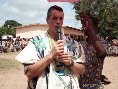 Côte d'Ivoire : A Kouibly, une école de trois classes offerte par les forces Françaises et ivoiriennes aux populations