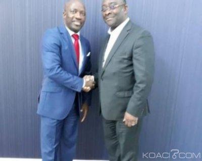 Côte d'Ivoire : A la Haye, Blé reçoit Gervais Coulibaly, les deux hommes heureux de se retrouver après plusieurs années