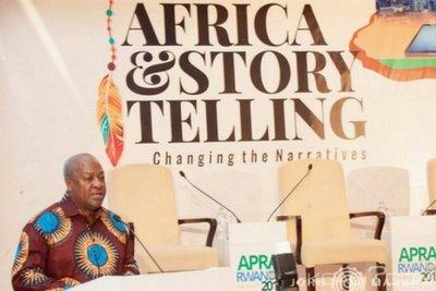 Ghana : A Kigali, Mahama appelle les Africains à raconter leur propres histoires
