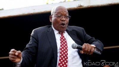 Afrique du Sud: Scandale de corruption,le parquet général requiert le maintien des charges contre Zuma