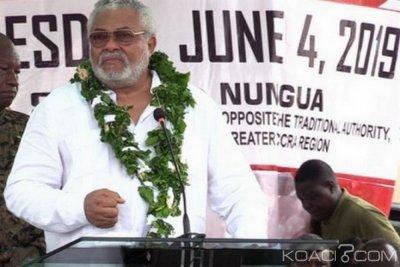 Ghana : Rawlings appelle à récrire la Constitution pour l'égalité de tous devant la loi
