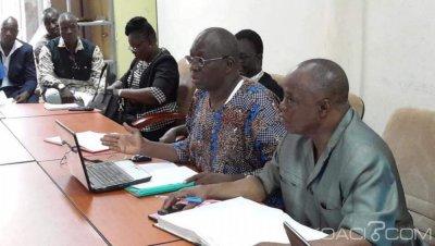 Burkina Faso : Protestation des agents de santé à travers une opération caisse vide