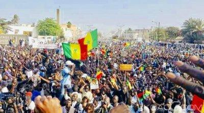 Sénégal : Scandale à 10 milliards $ impliquant le frère de Sall, les Sénégalais vont manifester vendredi