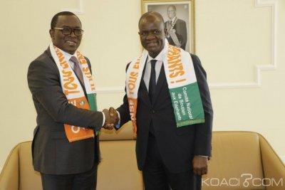 Côte d'Ivoire : A 48 heures du démarrage de la CAN, Amadou Soumahoro et des députés reçoivent leur carte et écharpe de supporters des éléphants