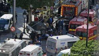 Tunisie: Tunis frappé par un double attentat suicide, neuf blessés au moins dont des policiers