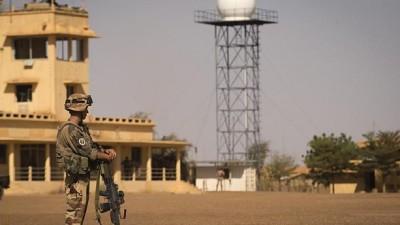 Mali: Une base française visée par une attaque à la voiture piégée à Gao, au moins 3 blessés