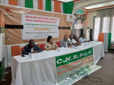 Côte d'Ivoire : Des producteurs de café-cacao  d'accord pour leur  recensement s'insurgent contre les informations « mensongères » relayées sur le terrain