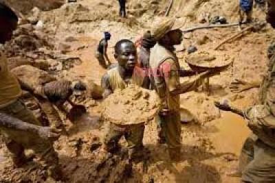 Guinée: Siguiri,  quatre morts dont une mère et sa fille dans l'éboulement d'une mine d'or