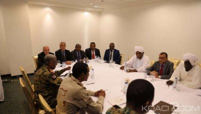 Soudan: Pour la deuxième journée,  les chefs de la contestation et la junte militaire à la table des négociations