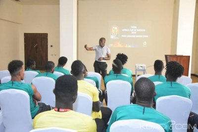 CAN 2019 : Avant le match contre l'Algérie, l'ex arbitre Doué Noumandiez instruit les éléphants  sur la VAR