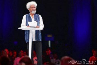 Nigeria : Wole Soyinka, 85 ans, un modèle cité par Buhari pour les jeunes