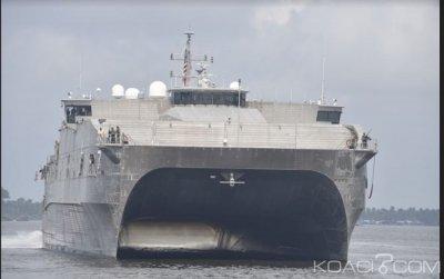 Côte d'Ivoire : Un navire de guerre américain accueilli en grande liesse au Port d'Abidjan par la marine nationale