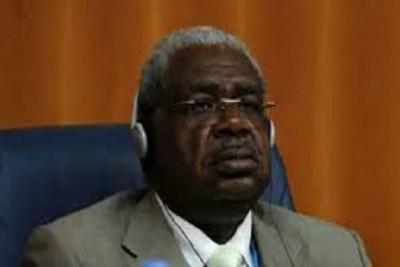 Cameroun: Garde à vue pour Jean Louis Beh Mengue, ex-patron de la régulation des Télécommunications