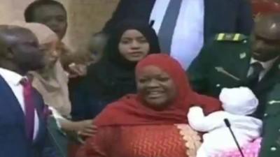 Kenya: Une députée chassée du parlement pour avoir emmené son bébé