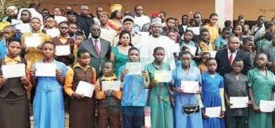 Cameroun: Des bourses  pour encourager la persévérance  scolaire, le phénomène se généralise