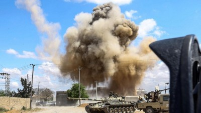Libye:  L'aéroport de Mitiga visé par des tirs de roquettes , un mort
