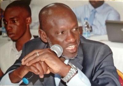 Côte d'Ivoire : Bouaké, suite à l'adoption de la loi sur la recomposition de la CEI,...