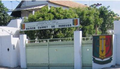 Sénégal: Deux détenus trouvent la mort dans une bousculade à la prison de Rebeuss