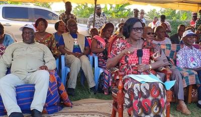 Côte d'Ivoire: Simone accueillie en liesse dans le Haut-Sassandra, rend hommage à Bohoun Bouabré, Tagro et appelle à la réconciliation