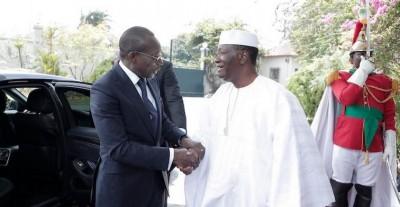 Côte d'Ivoire: De retour au pays, Alassane Ouattara reprend du service par un tête à tête avec Patrice Talon