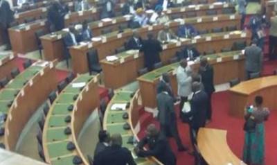 Côte d'Ivoire :  Assemblée nationale, le projet d'ordre du jour des travaux adopté à l'unanimité, 45 projets de lois à examiner sur une période de 3 mois