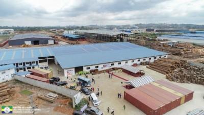 Gabon:  Inauguration des usines Gabon Original Fourniture (GOF) et Lida Bois Internat...