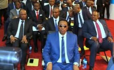RDC: Investiture du gouvernement de coalition Tshisekedi-Kabila  en l'absence  de l'o...