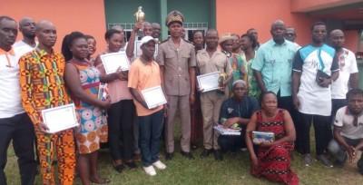 Côte d'Ivoire: Incitation au devoir citoyen, le Sous-préfet d'Oghlwapo initie un prix d'excellence et prime 8 meilleurs agents
