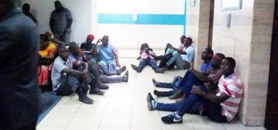 Côte d'Ivoire: Des ex-déflatés et contractuels  assiègent la Tour C pour protester contre le Ministère de la Santé