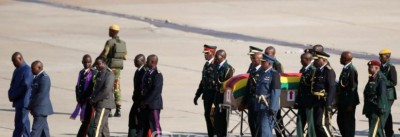 Zimbabwe: Robert Mugabe sera finalement enterré au champ des «héros de l'indépendance...