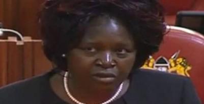 Kenya: Une député exige une loi  contre les pets dans les avions