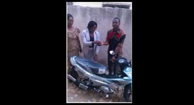 Côte d'Ivoire: Un motocycliste  percuté violemment par un  cortège de Kandia Camara à Gagnoa  reçoit une nouvelle moto