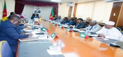 Cameroun: Grand dialogue national, des assises coûteuses comme la guerre, le pouvoir achète l'opposition et la société civile