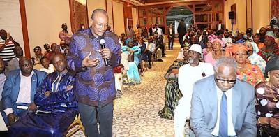 Guinée:  A New York, Alpha Condé appelle ses ressortissants à se préparer à un référendum constitutionnel