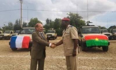 Burkina Faso: 34 véhicules militaires offerts par la France pour lutter contre le terrorisme
