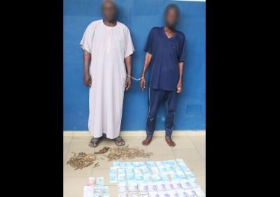 Côte d'Ivoire: A Attécoubé, 2 individus armés de munitions de guerre interpellés en possession de 2 millions de faux billets de banque