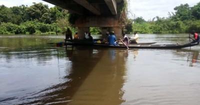Côte d'Ivoire: Chute d'un taxi dans un fleuve à Guiglo, le bilan s'alourdit à cinq morts, le chauffeur toujours introuvable