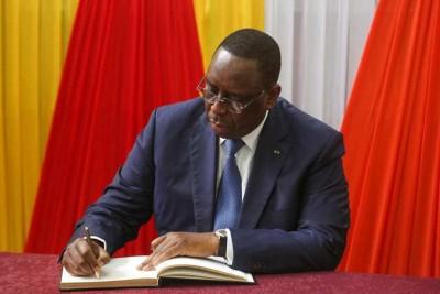 Sénégal: 3e mandat, après Sory Kaba, Macky Sall limoge Moustapha Diakhate… et installe la peur dans son camp