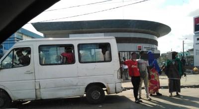 Côte d'Ivoire: Dégagés, les gnambros reprennent le pouvoir, reportage à Yopougon