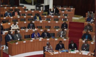 Côte d'Ivoire: Parlement, report de l'examen de l'ordonnance portant code électoral sans aucune précision