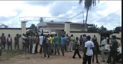 Côte d'Ivoire: Divo,  tensions entre les transporteurs et le conseil régional, les ra...