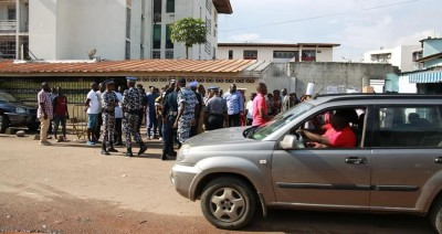 Côte d'Ivoire: À Treichville, une opération de traque de « gnambros », des dizaines de personnes interpellées gardées à vue