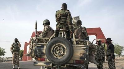 Nigeria: Quatre soldats et un milicien tués dans une embuscade de l'ISWAP près de Mar...