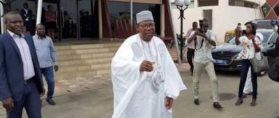 Bénin: Visite éclair de Boni Yayi à Cotonou sans aucune rencontre avec le Président T...