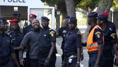 Sénégal: Manifestation devant les grilles du palais, Guy Marius Sagna et Cie envoyés en prison… la maison de Sall bunkerisée