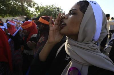 Soudan: Les femmes  désormais libres de « danser ou porter un pantalon »