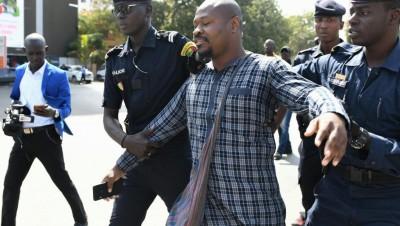 Sénégal: Arrêté pour avoir  manifesté devant le palais, Guy Marius Sagna traité « com...