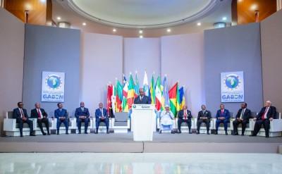 Gabon: Sommet extraordinaire de la CEEAC, adoption et signature des instruments juridiques relatifs à la réforme institutionnelle de l'institution